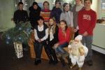 Mokiniai padovanojo pačių darytus kalėdinius žaisliukus